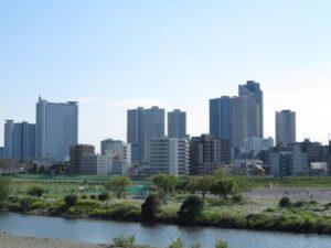 武蔵小杉 タワーマンション群 多摩川